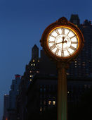 Sidewalk clock at 200 Fifth Avenu — Stock Photo
