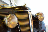 Front of a black old timer. — Stock Photo