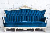 Blue vintage sofa — Stockfoto