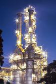 Ropy naftowej rafinerii roślina — Zdjęcie stockowe