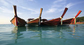 Traditional Thai Longtail boat on the beach — Stock Photo