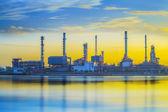 Zakład przemysłowy rafinerii — Zdjęcie stockowe