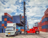 Kran lifter behandelnden container feld laden — Stockfoto