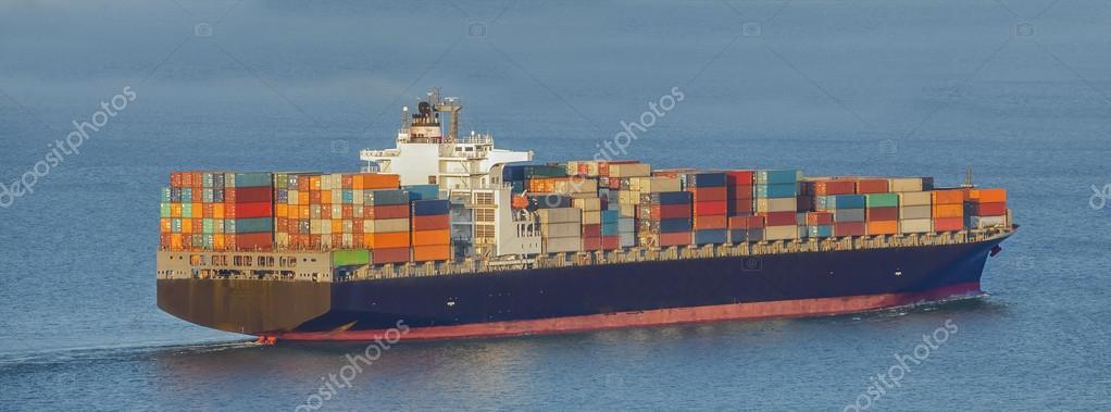 集装箱船 — 图库照片08anekoho#35119749