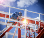 Workers welding — Stockfoto