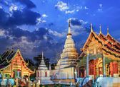Phra Singh temple twilight time Viharn Lai Kam Wat Phra Singh — Stock Photo
