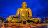 Candlelight Makha Bucha Day at Wat Muang — Foto Stock