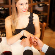 Man giving a ring to his girlfriend — Stock Photo #22873732