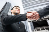 Business handslag. — Stockfoto