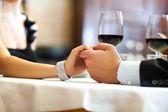 Cena in un ristorante di lusso — Foto Stock