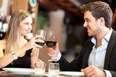Jantar em um restaurante de luxo — Foto Stock