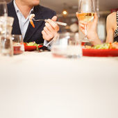 Couple having dinner — Stockfoto