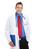 男性の医師が聴診器で笑みを浮かべて保持フォルダー — ストック写真