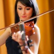 Female violinist — Stock Photo
