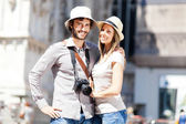 Tourists couple having nice time — Stock Photo