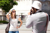 Man take picture of girlfriend — Stock Photo