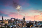 Fireworks over Edinburgh Castle during the Military Tattoo — Stock Photo