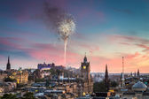 Fireworks in Edinburgh Castle at sunset — Stock Photo
