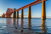 Sunset and Forth Road Bridge in Scotland — Stock Photo