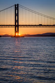 Sunset over the Forth Road Bridge in Scotland — Stock Photo