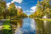 Path by the river in the park autumn season — Stock Photo