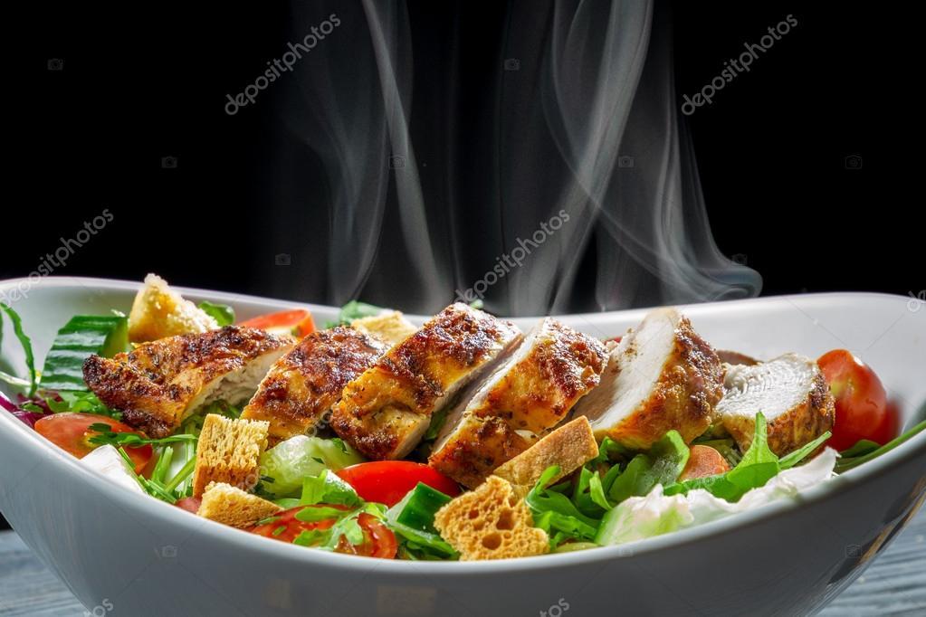 еда салаты рыба курица банкет  № 2124106 загрузить