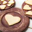 Heart-shaped cookies arranged on a plate no. 6 — Stock Photo