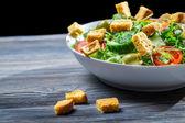здоровый салат из свежих овощей — Стоковое фото