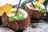 Closeup of pinacolada drink in the fresh coconut — Zdjęcie stockowe