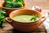 Closeup of broccoli soup made of fresh vegetables — Stock Photo