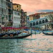 restaurant and gondolas near the rialto bridge in venice — Stock Photo