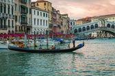 Rialto Bridge and restaurant in Venice — Stock Photo