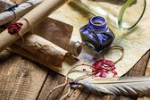 Old scrolls and candles are the old scribe's workplace — Foto Stock