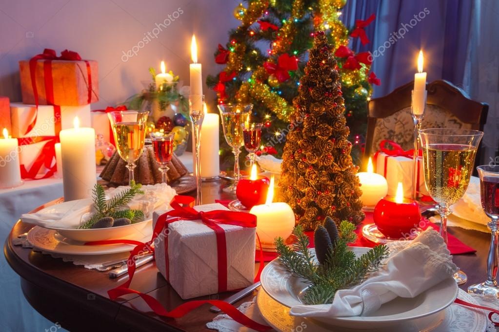 그것은 크리스마스 저녁 식사를 위한 시간 이다 — 스톡 사진 ...