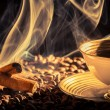Stockfoto: Closeup of cinnamon scent and roasted coffee