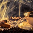Closeup of cinnamon scent and roasted coffee — Stock Photo