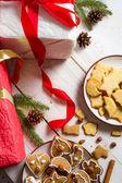 Pierniki w Boże Narodzenie dekoracje — Zdjęcie stockowe