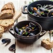Closeup of ingredients for a dish cooked with mussels — Stock Photo #37011147