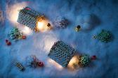 Pan de jengibre casa por la noche en invierno — Foto de Stock