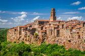 Miasta Pitigliano na klifie, Włochy — Zdjęcie stockowe