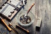 Old thin pipe ready to smoke — Stock Photo