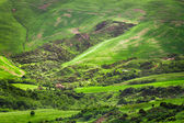 Green valley in the mountains of Tuscany — Stock Photo