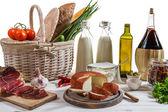 Verdure e latticini per colazione — Foto Stock