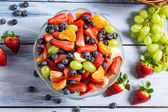 Tasty spring fruit salad — Stock Photo