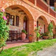 Tuscany Rural house in summer, Italy — Stock Photo #49883905