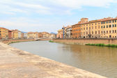 Embankment and riverbank of river Arno — Stock Photo