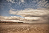 Clouds at Low Tide — Stock Photo