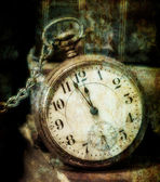 Old Pocket Watch Grungy Style — Stock Photo
