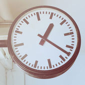 Clock in subway — Stock Photo