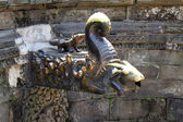 Carving decorations in the water reservoirs in Bhaktapur temple, — Stock Photo